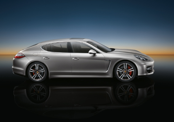 Twenty-Inch 911 Turbo II Wheels for the Porsche Panamera (Image: Porsche)