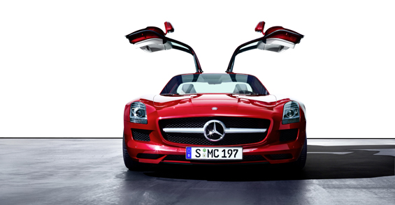 Most favorable image of the new Gullwing-Mercedes, the Mercedes-Benz SLS AMG (Image: Daimler)