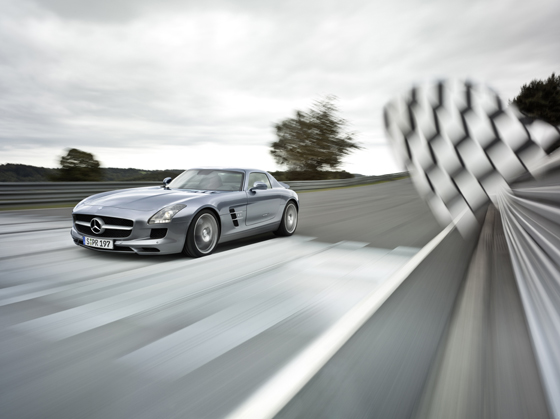 16th of November is the starting day for sales of the new Mercedes-Benz SLR AMG (Image: Daimler)