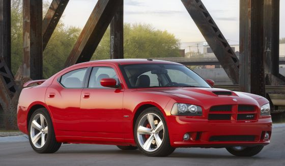 Enough Power: The 2010 Dodge Charger SRT8 offers 425-horsepower (Image: Chrysler)