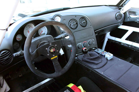 Working Place in the 2010 Dodge Viper SRT10 ACR-X... (Image: Dodge)